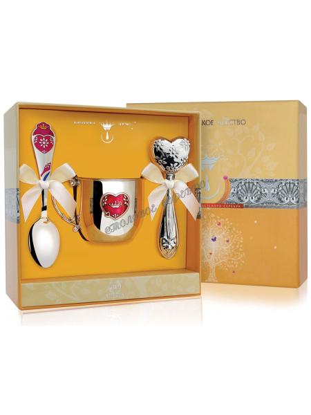 Набор детского серебра «Сердце» с кружкой и погремушкой
